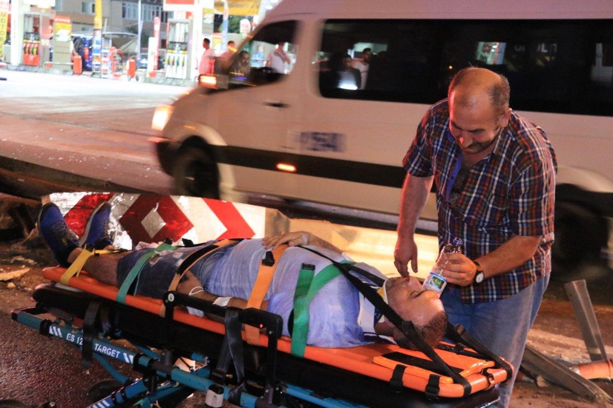 Kocaeli de servis minibüsü devrildi: 7 yaralı #5