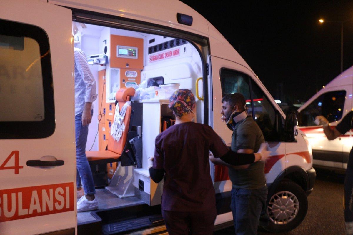 Kocaeli de servis minibüsü devrildi: 7 yaralı #3