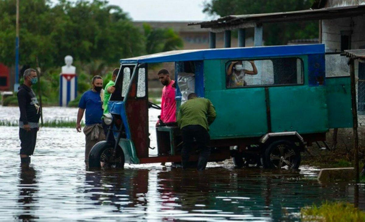 Küba da etkili olan Ida Kasırgası, ABD nin kıyılarına yaklaşıyor #6