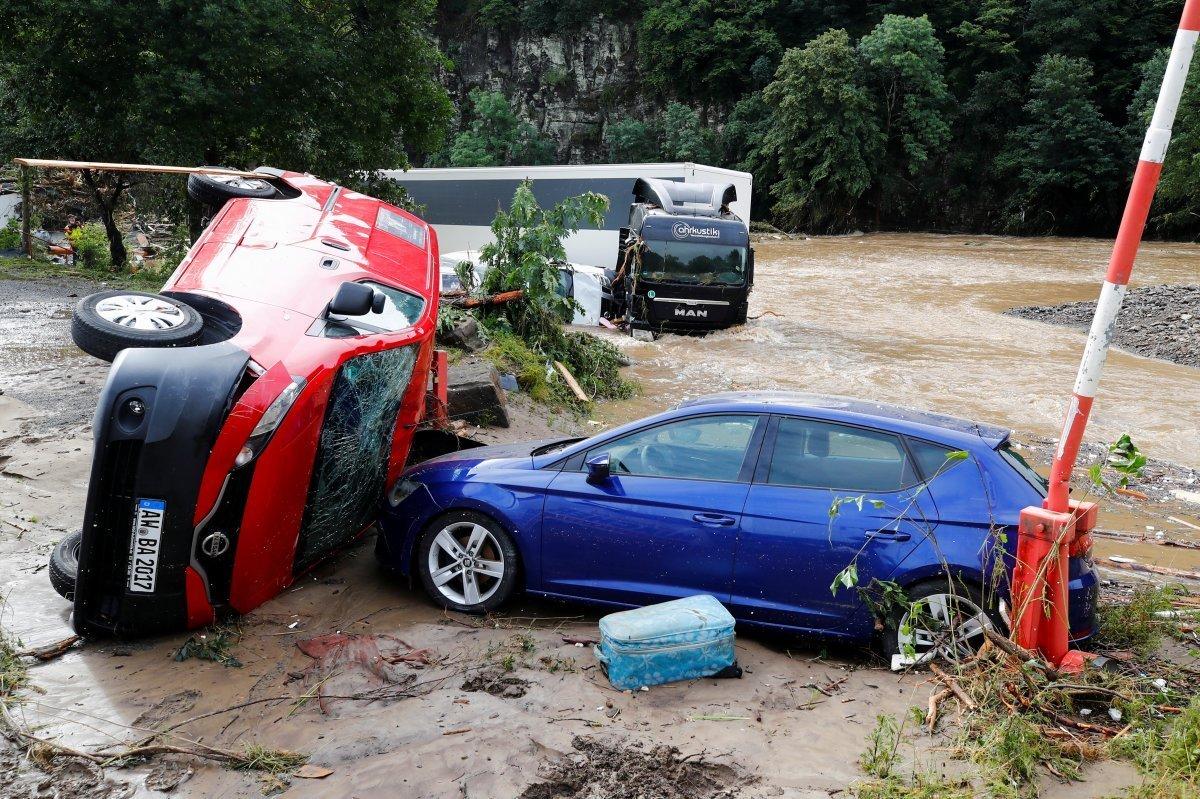 Almanya sel felaketini atlatamadı #5