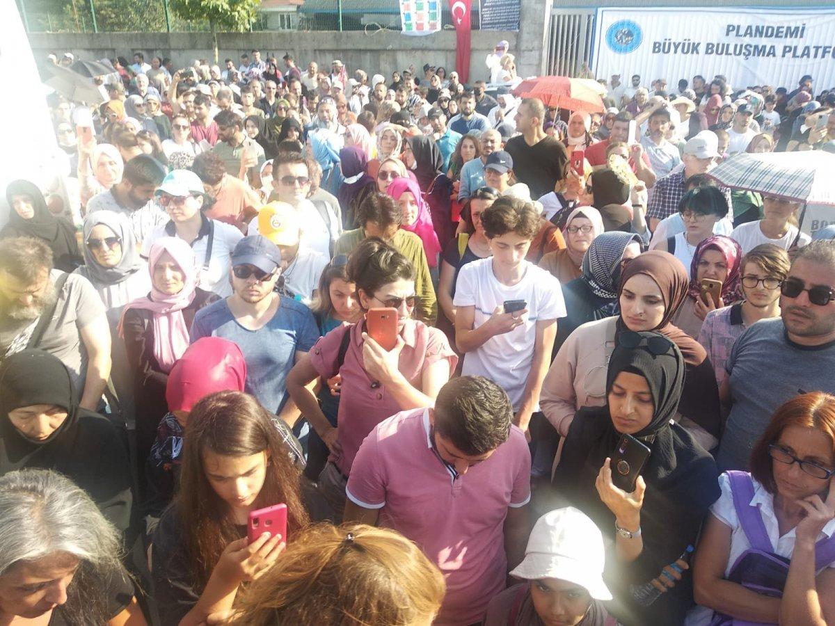 Sancaktepe de aşı karşıtlarından PCR testi zorunluluğuna protesto  #3