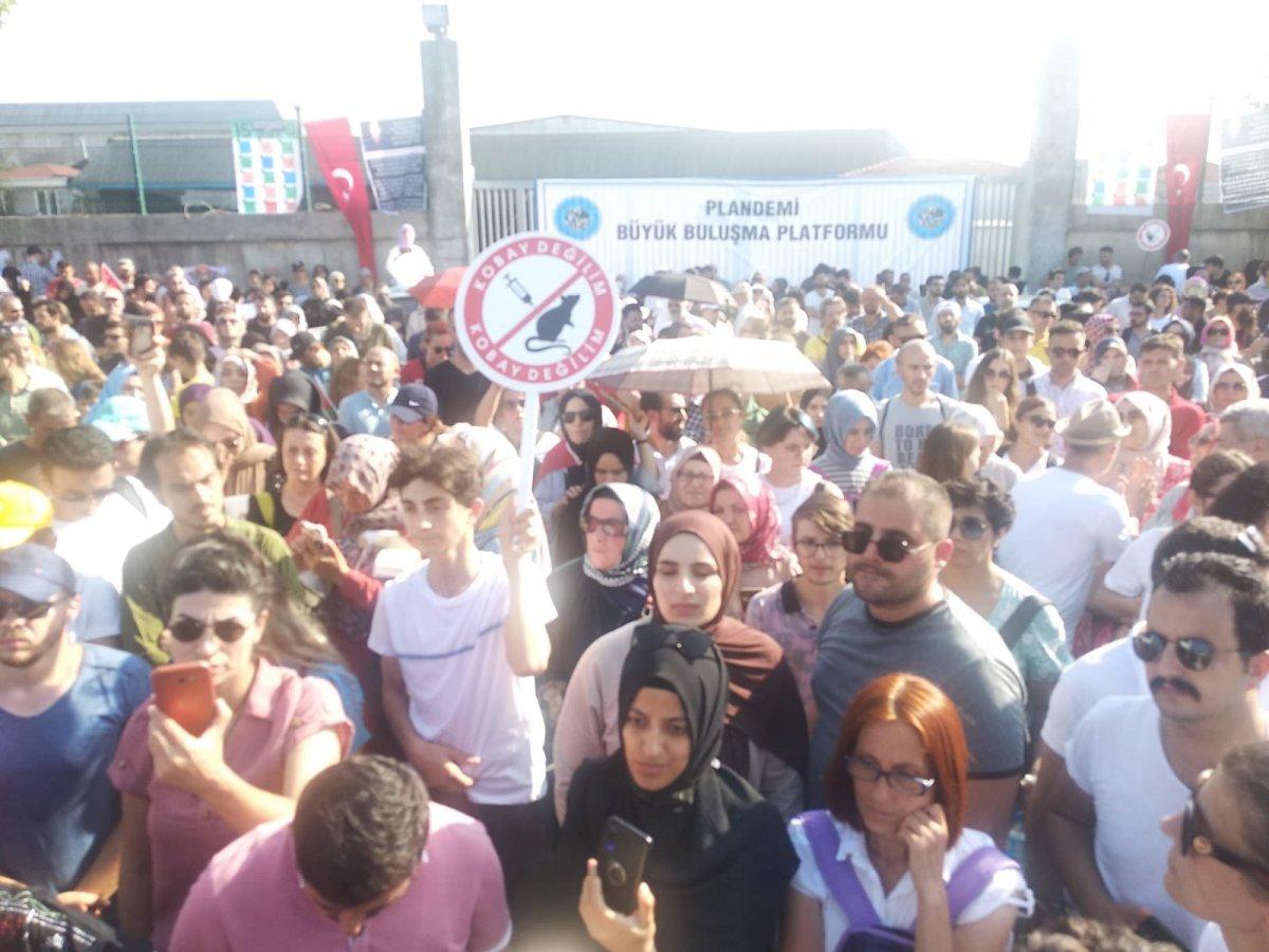Sancaktepe de aşı karşıtlarından PCR testi zorunluluğuna protesto  #2