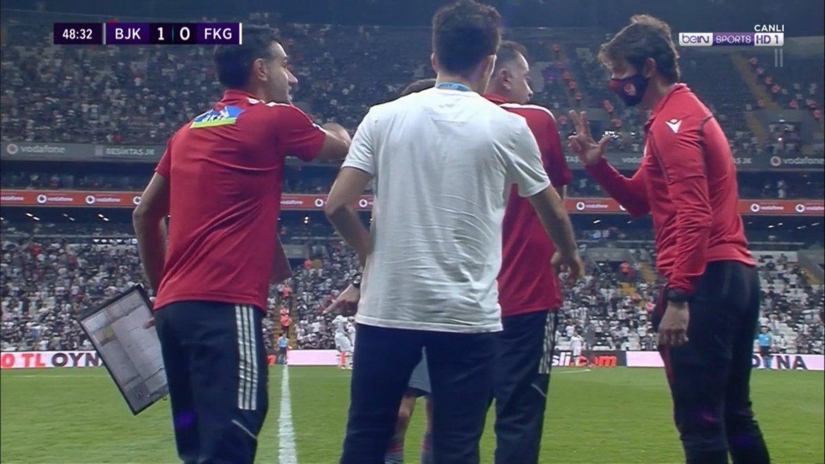 Beşiktaş maçında kural bilmeyen 4. hakem skandalı #3