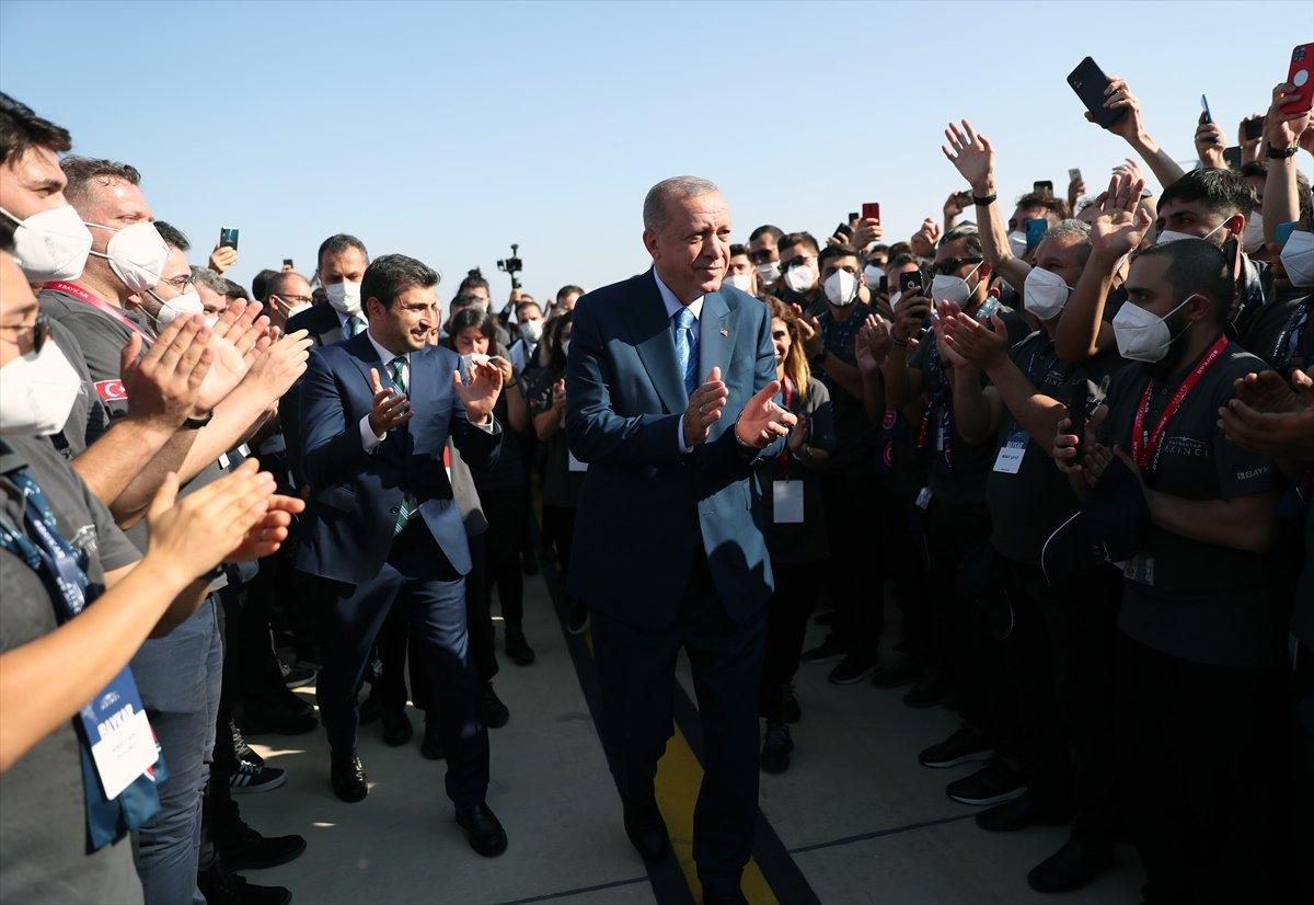 Cumhurbaşkanı Erdoğan, Bayraktar Akıncı TİHA'yı imzaladı #4