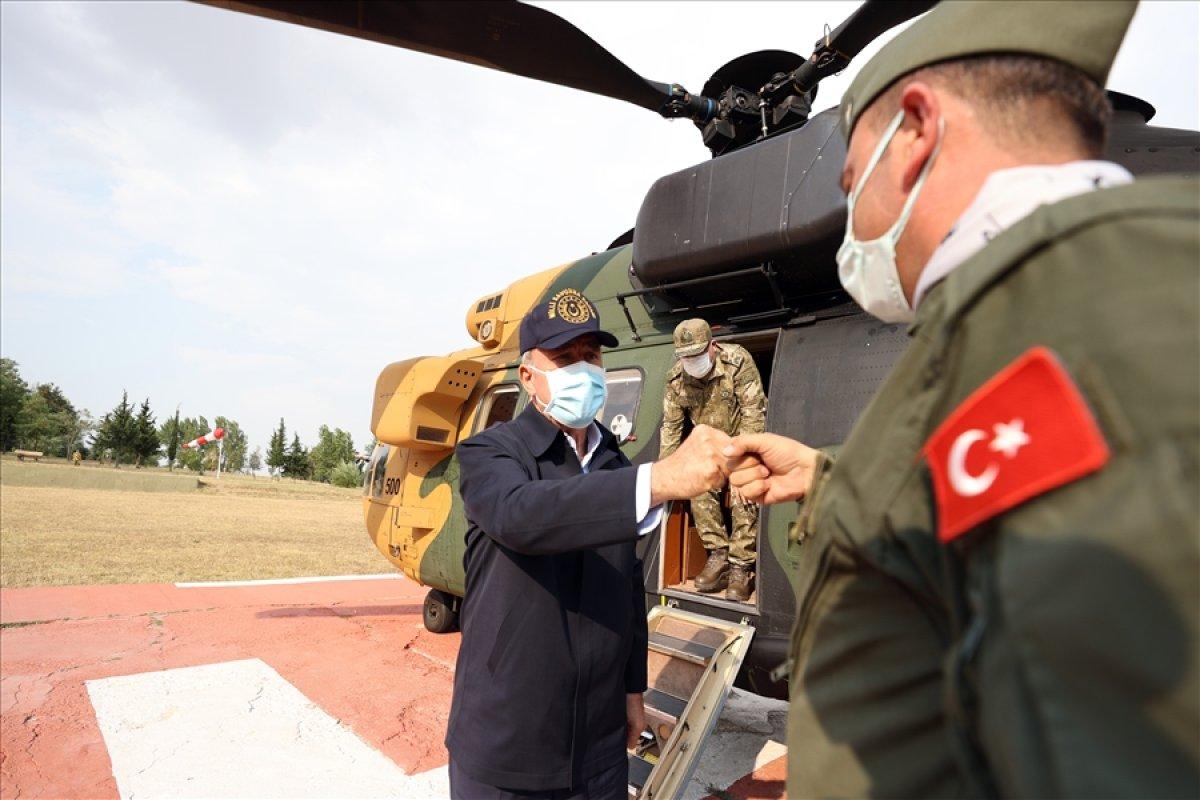 Hulusi Akar, TSK komuta kademesi ile birlikte Yunanistan sınırında #6