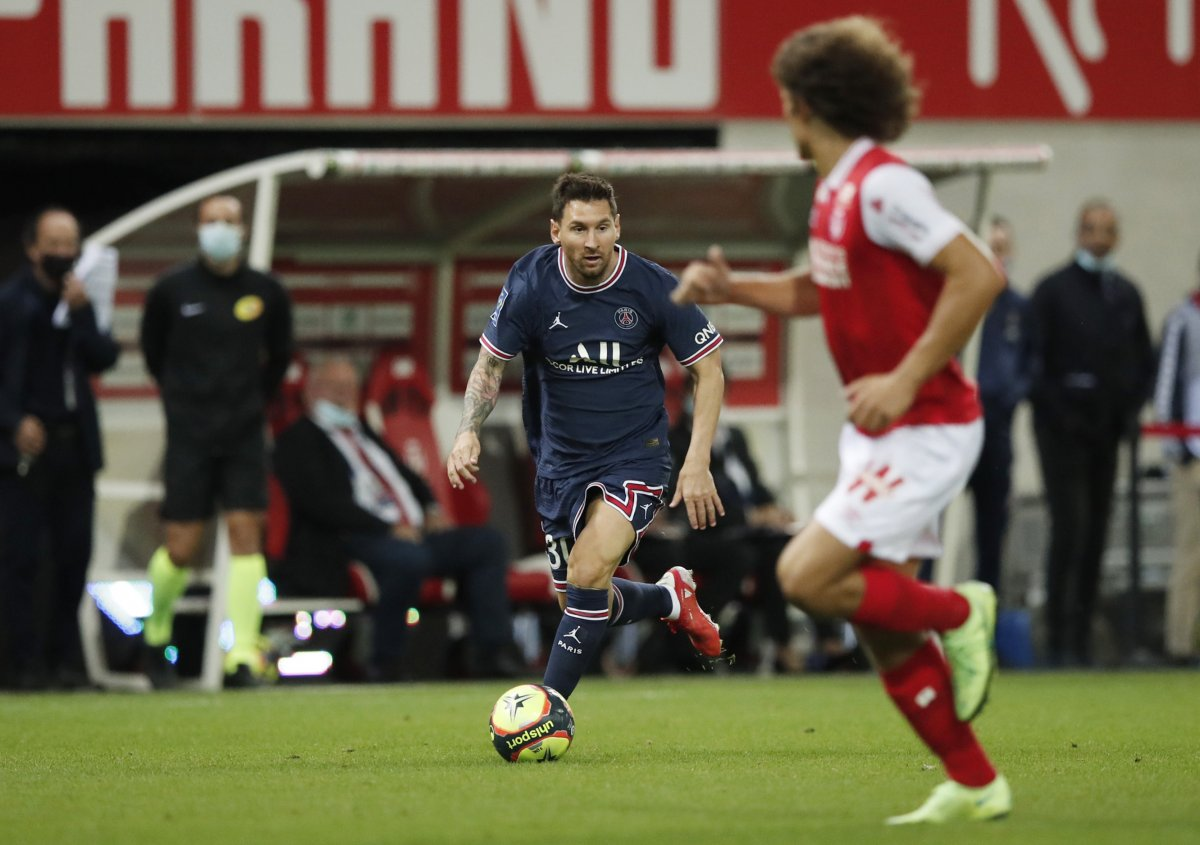 Lionel Messi fait ses débuts au PSG #6