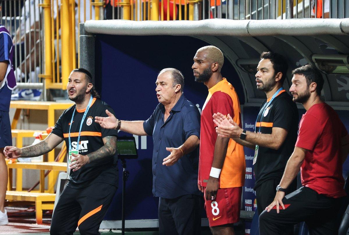 Fatih Terim: Oyunu koparacak golü atamıyoruz #1