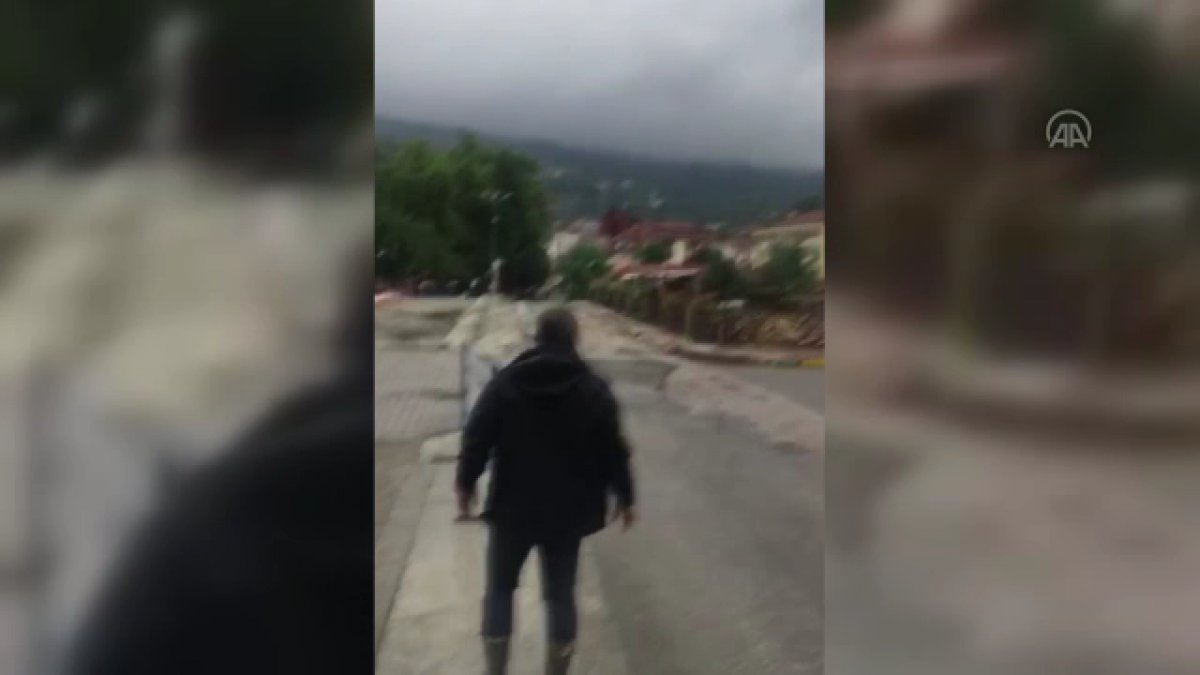 Bozkurt Belediye Başkanı Muammer Yanık ın selden kurtulduğu görüntüler #1