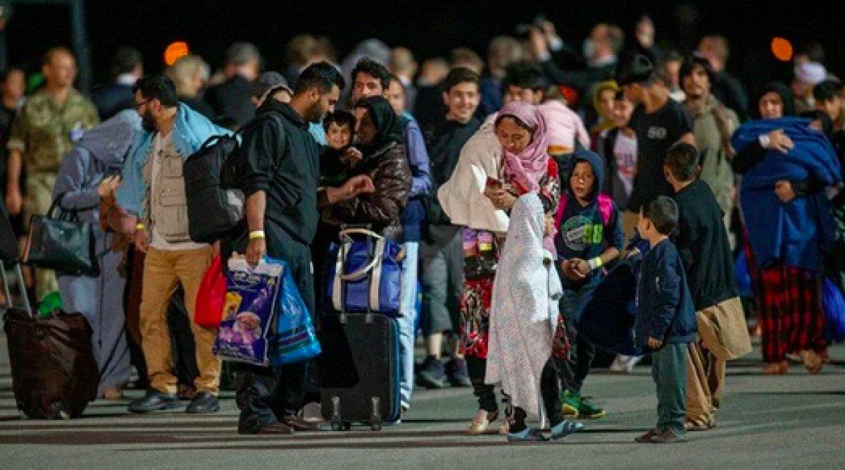 Taliban, Afganların ülke dışına seyahat etmelerine müsaade edecek #1