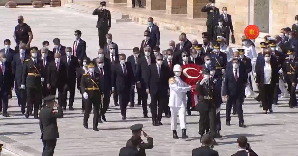Cumhurbaşkanı Erdoğan ve devlet erkanı Anıtkabir de  #1