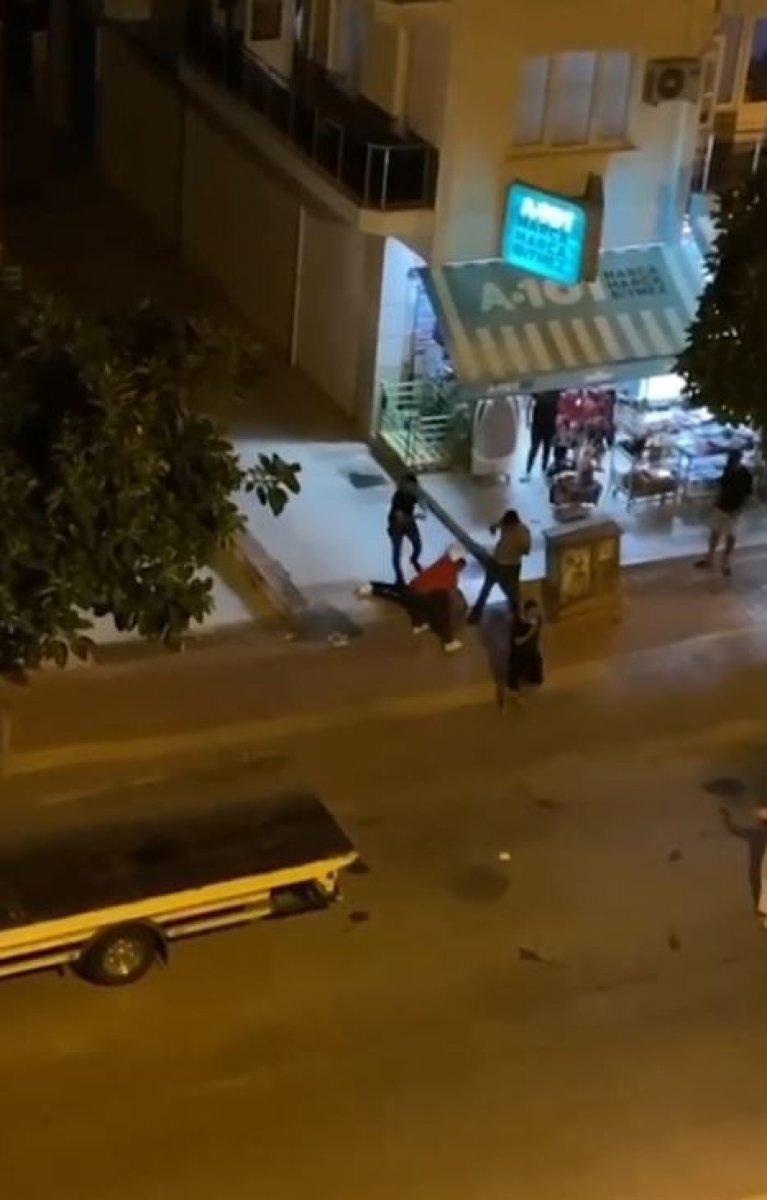 Antalya'da taciz şüphelisine dayak  #1