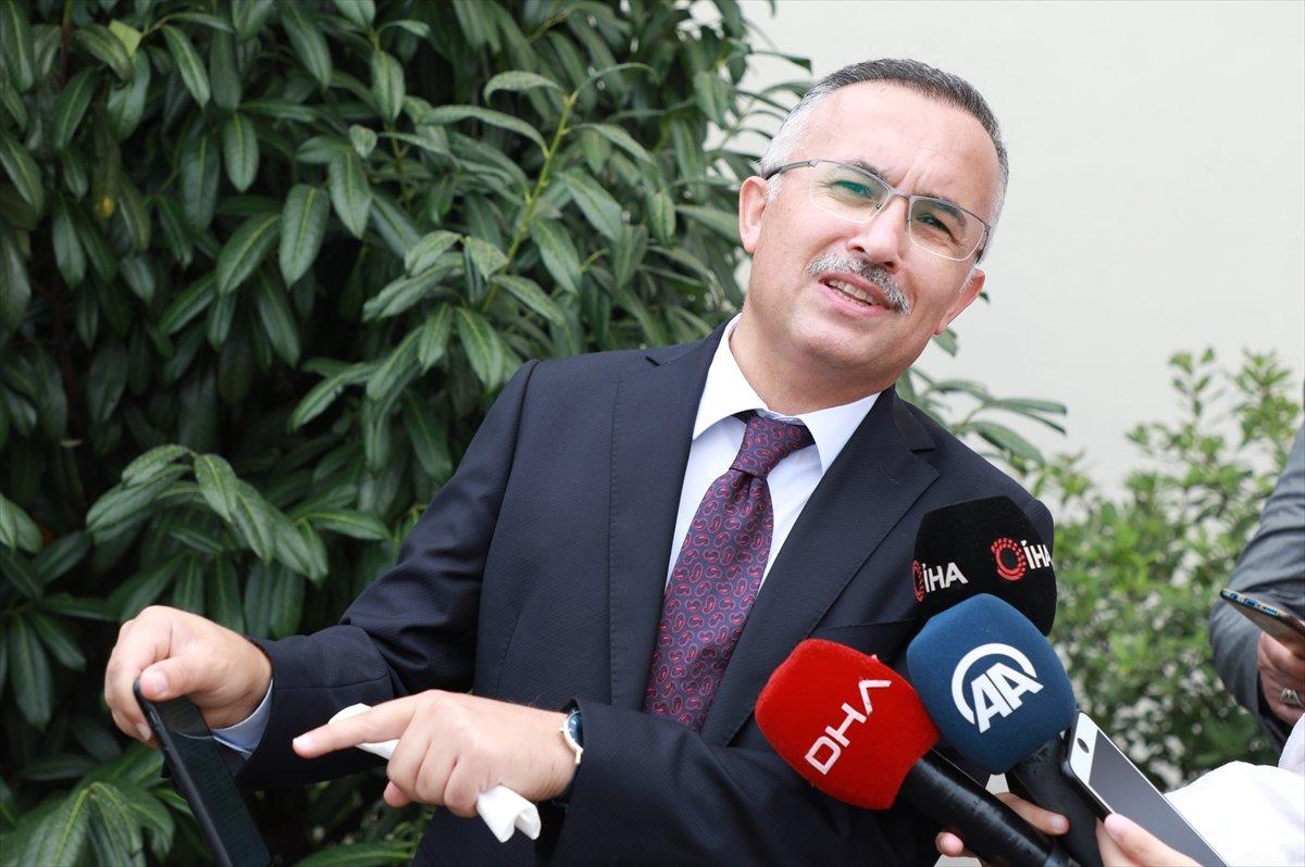 Rize Valisi Kemal Çeber, kendisine aşı için gelen  utanıyorum  mesajıyla çağrı yaptı #1