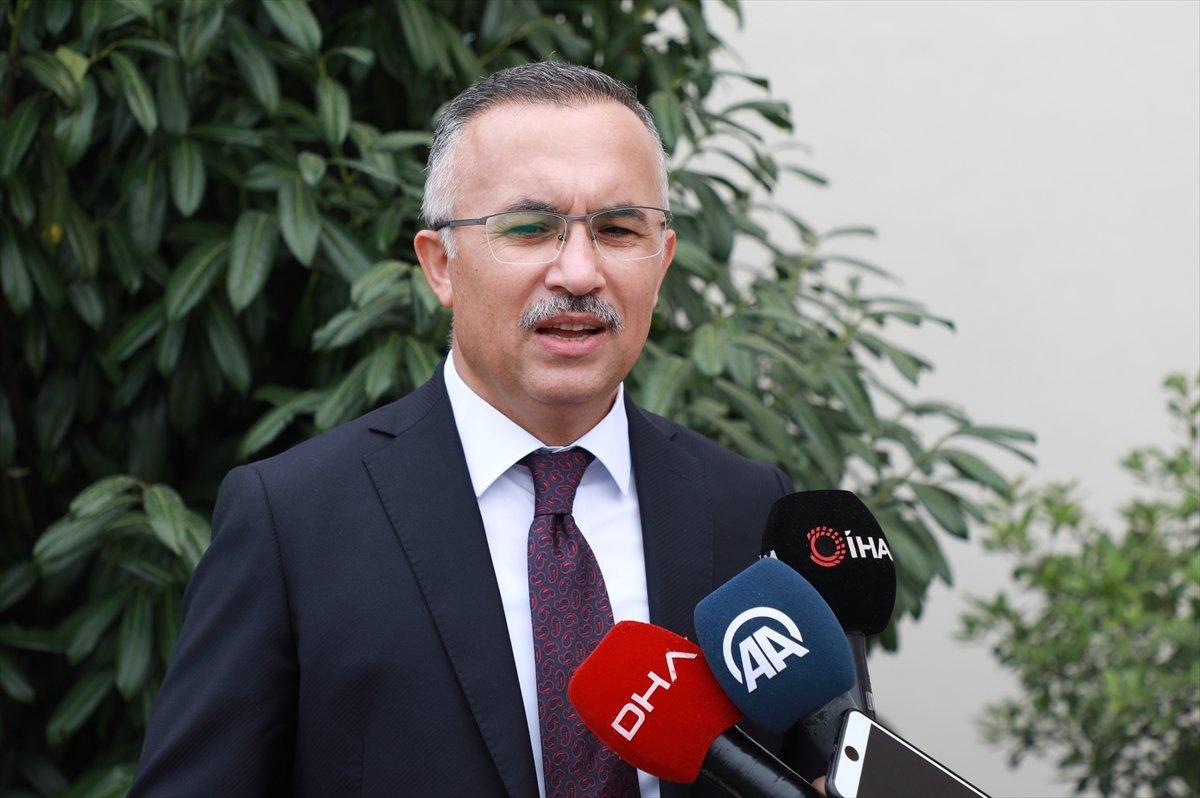 Rize Valisi Kemal Çeber, kendisine aşı için gelen  utanıyorum  mesajıyla çağrı yaptı #2