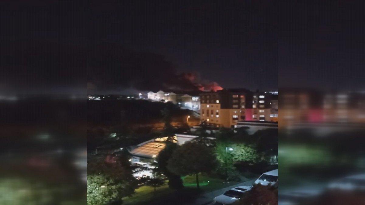 İstanbul, İkitelli Çevre Sanayi Sitesi nde yangın çıktı #2