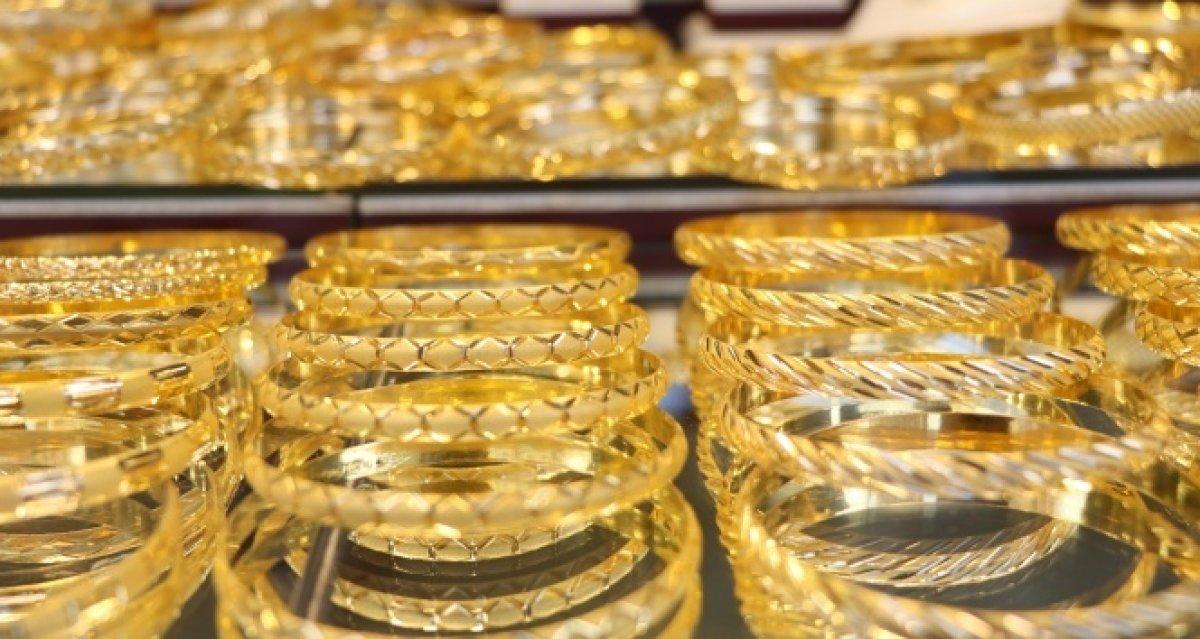 Altın fiyatları dolardaki zayıf seyrin etkisiyle yükseldi #2