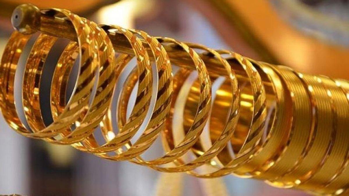 Rota yine yukarı! Altın fiyatları 31 Ağustos 2021: Bugün gram, çeyrek, yarım, tam altın ne kadar? #1