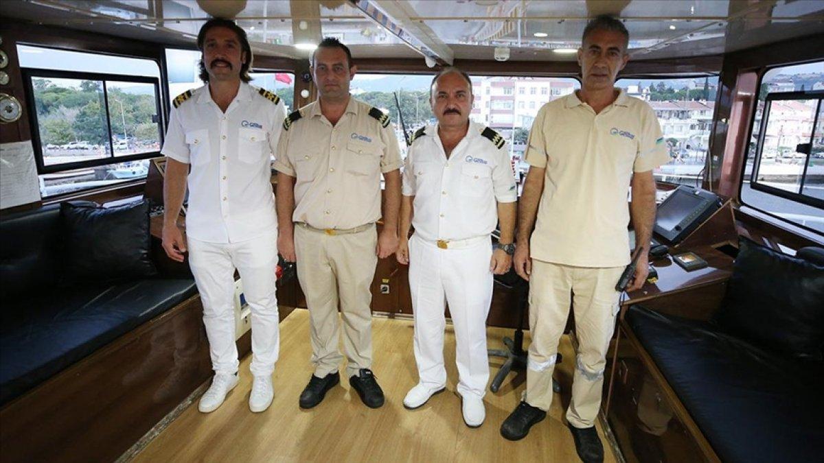 Sinop taki sel mağdurlarını tahliye eden gemi personeli: Gururluyuz #2