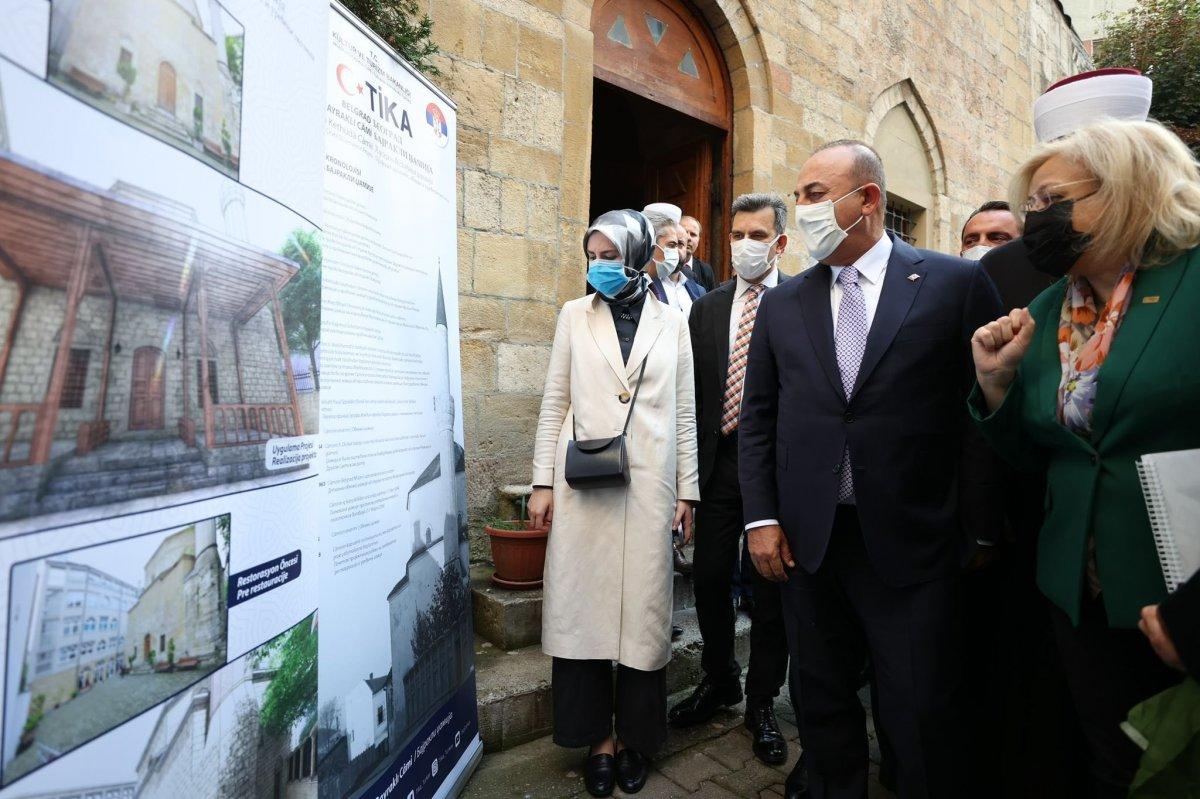 Mevlüt Çavuşoğlu, Sırbistan'da Bayraklı Camii'ni ziyaret etti #1