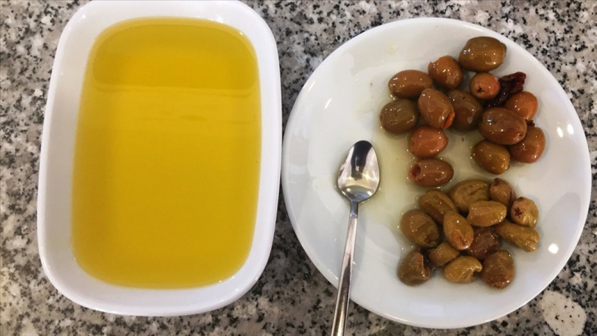 Mersin, Fransa ya zeytinyağı ihraç etti #1