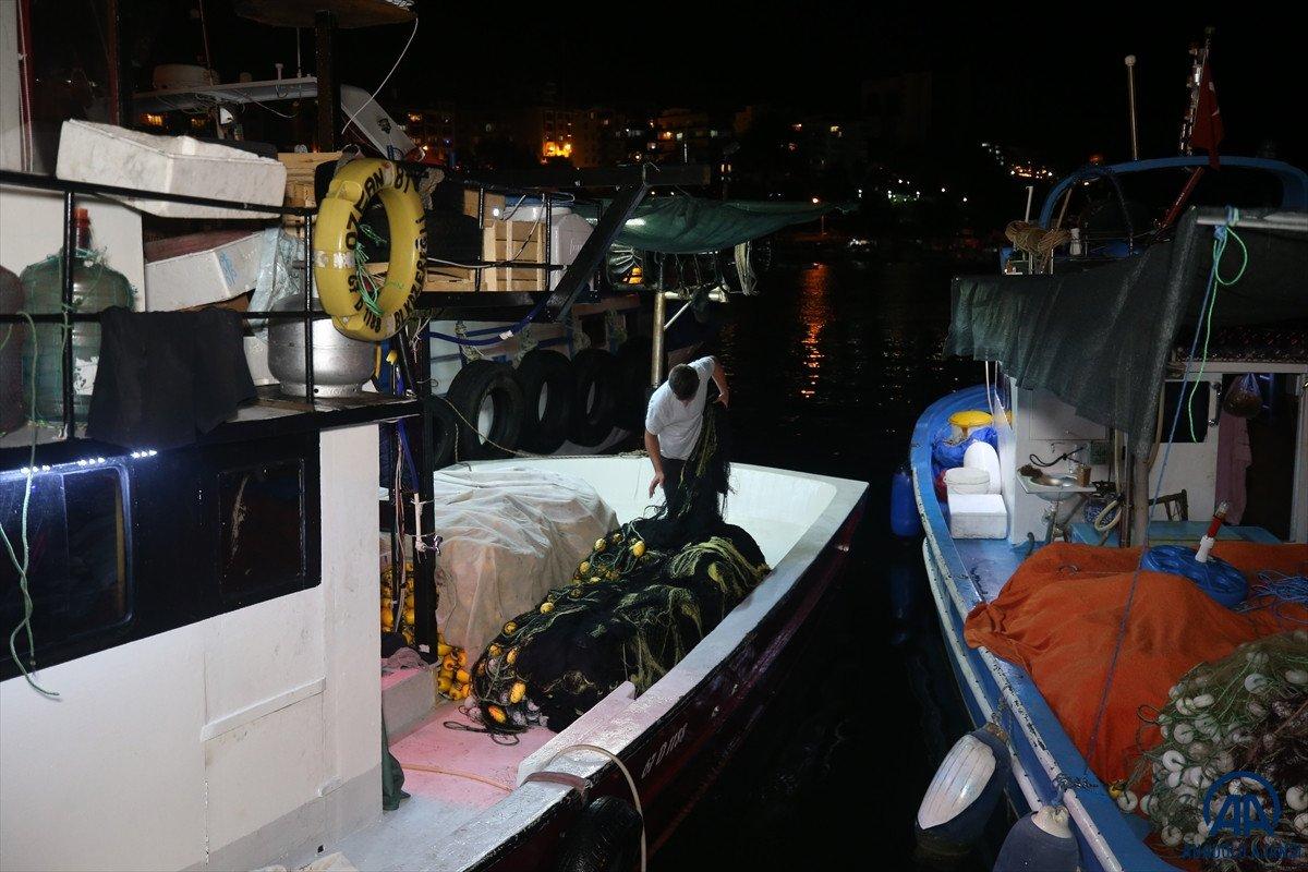 Av yasağı bugün bitti: Balıkçılar denizle kavuştu #4