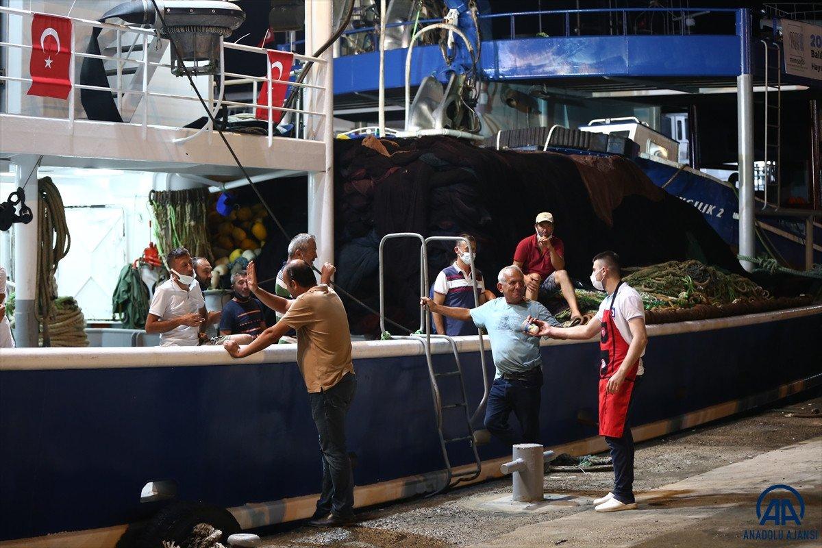 Av yasağı bugün bitti: Balıkçılar denizle kavuştu #8
