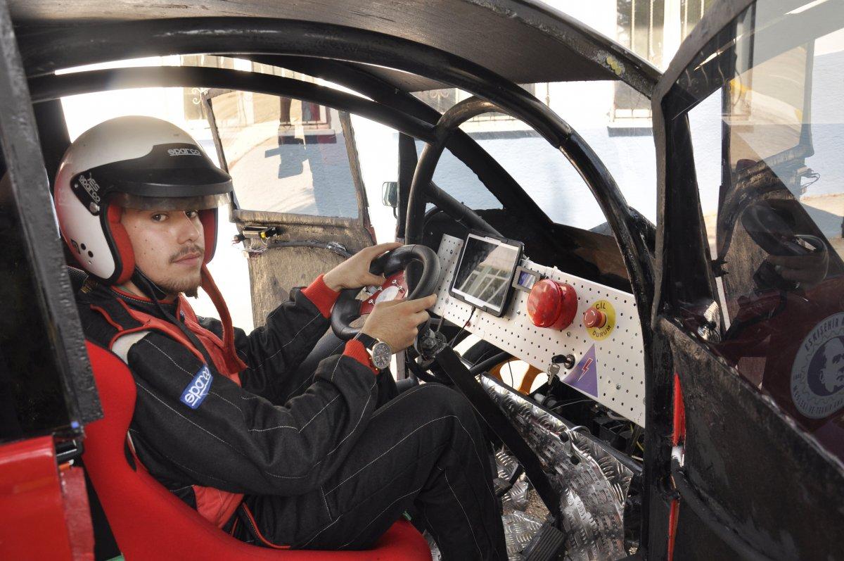 Eskişehir'de lise öğrencileri 95 kuruş ile 100 kilometre giden araç yaptı #3