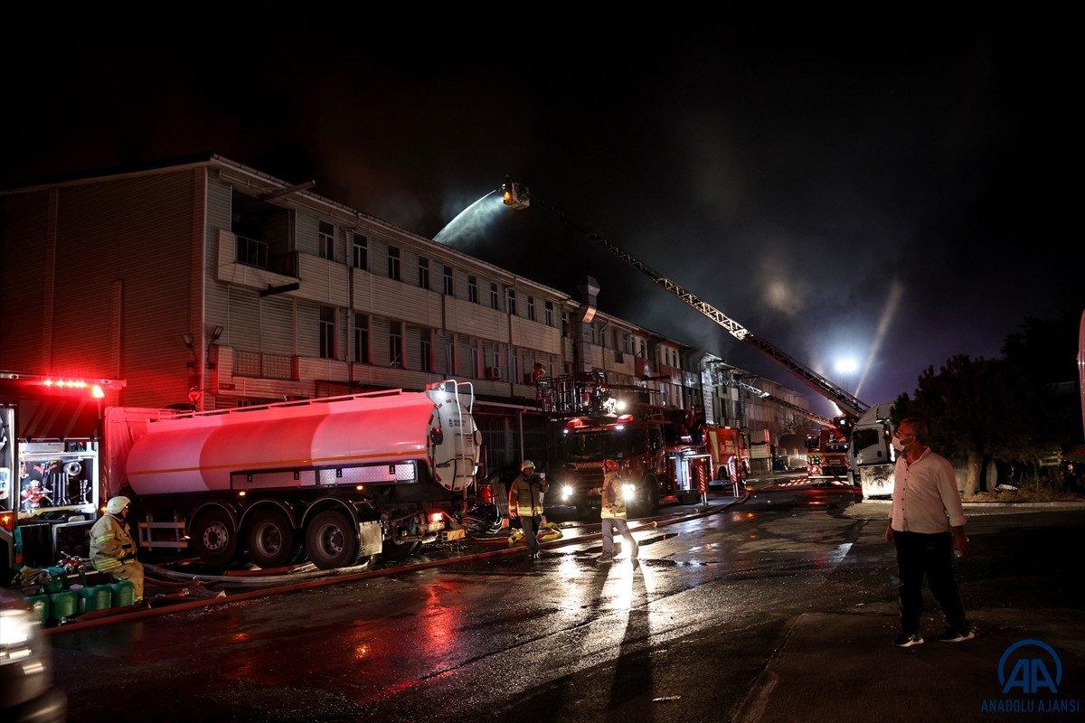 İstanbul, İkitelli Çevre Sanayi Sitesi nde yangın çıktı #9