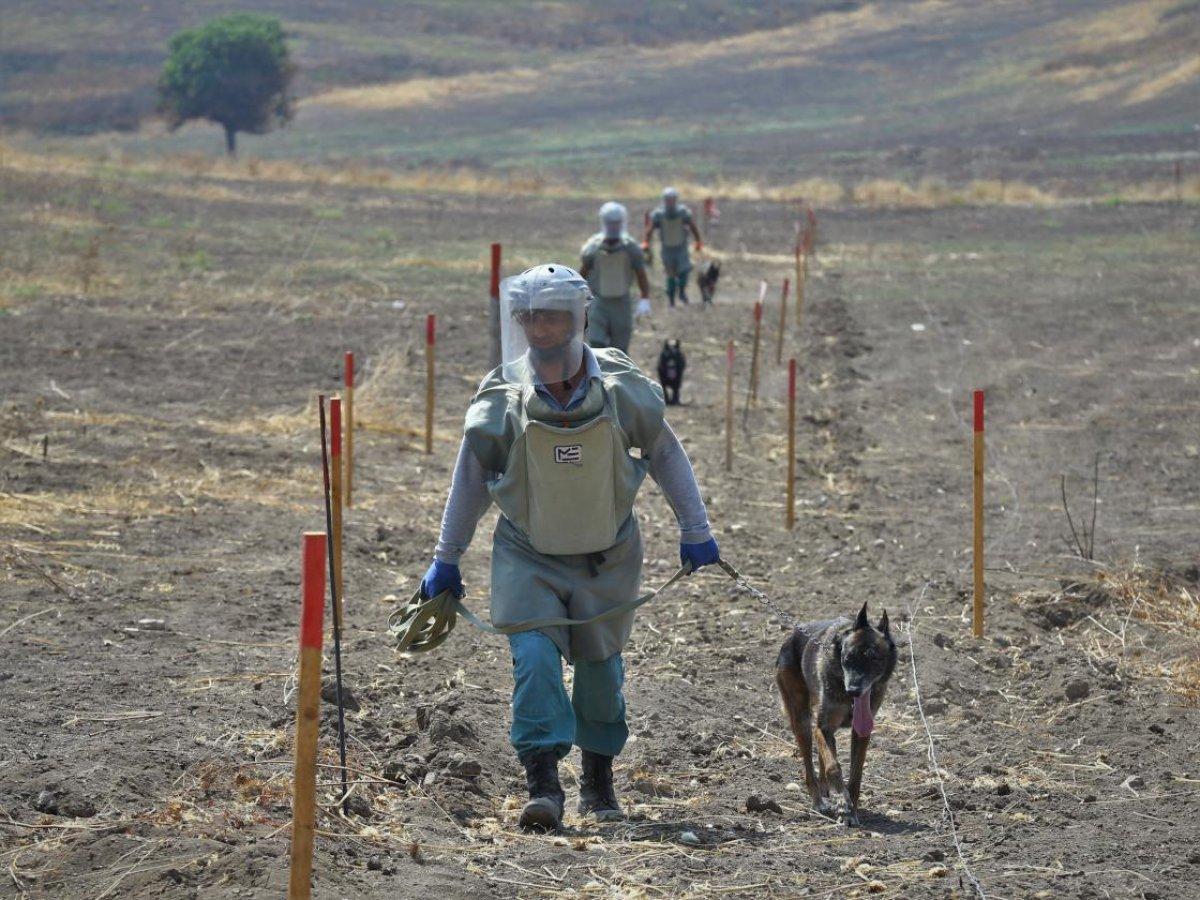 Azerbaycan da işgalden kurtarılan kentlerde 10 aydır mayın temizliği yapılıyor #2
