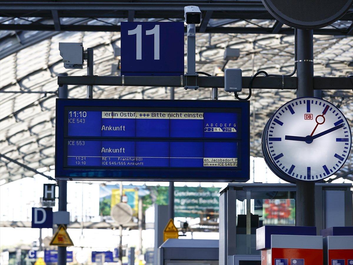 Almanya da makinistler, yeniden greve gitti #8