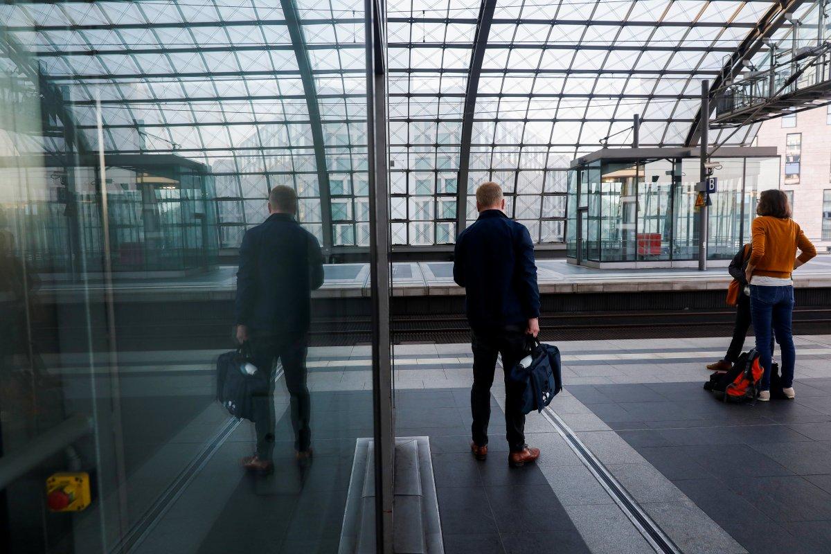 Almanya da makinistler, yeniden greve gitti #2