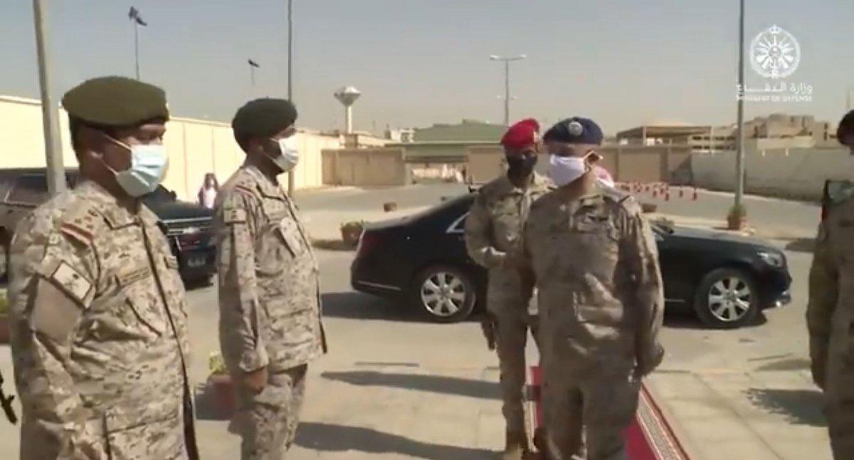 Suudi Arabistan'da ilk: Kadın askerler mezun oldu #5