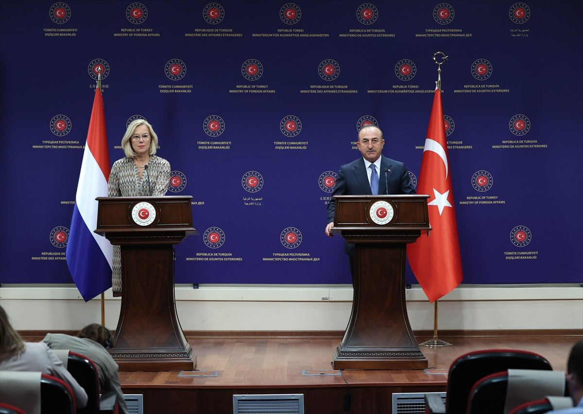 Mevlüt Çavuşoğlu'ndan AB-Türkiye göç mutabakatı açıklaması #1