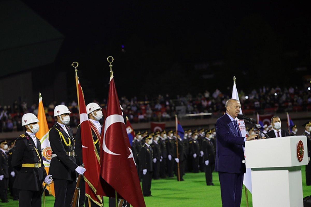 Cumhurbaşkanı Erdoğan: Türk ekonomisi ikinci çeyrekte yüzde 21,7 büyüdü #1
