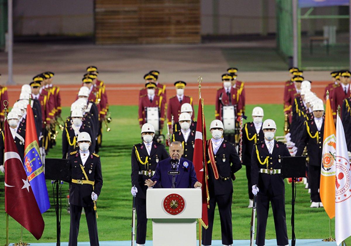 Cumhurbaşkanı Erdoğan: Türk ekonomisi ikinci çeyrekte yüzde 21,7 büyüdü #2