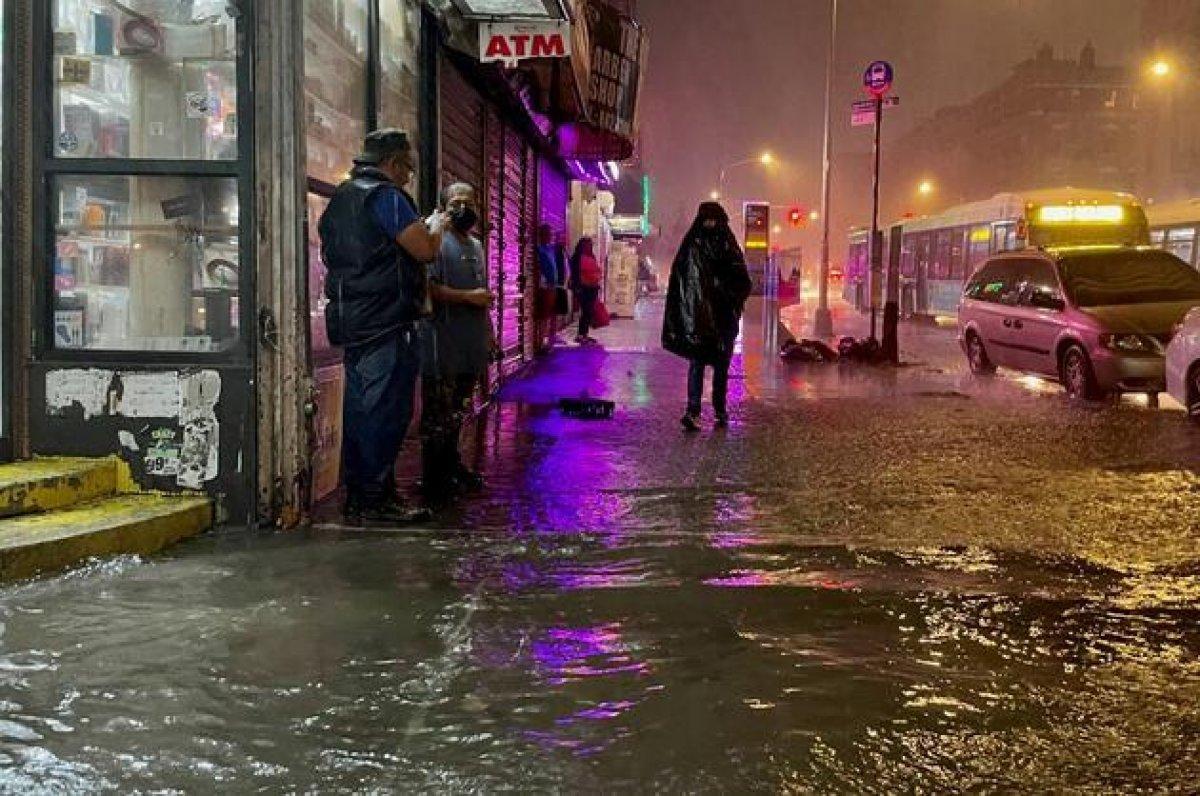 Ida kasırgası, New York u su altında bıraktı #8