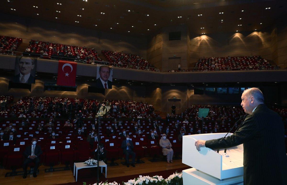 Cumhurbaşkanı Erdoğan, salgın döneminde eğitimde yapılanlar hakkında bilgi verdi #1