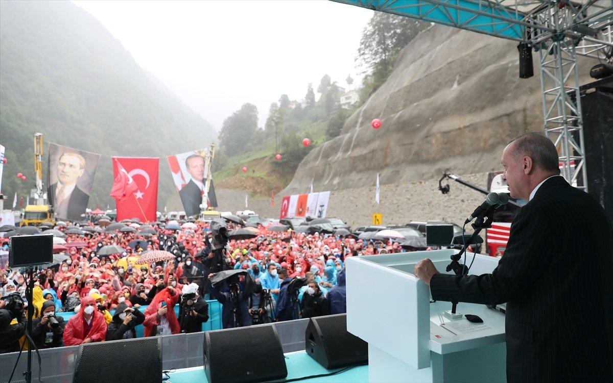 Cumhurbaşkanı Erdoğan, İyidere-İkizdere yolu açılış törenine katıldı #1