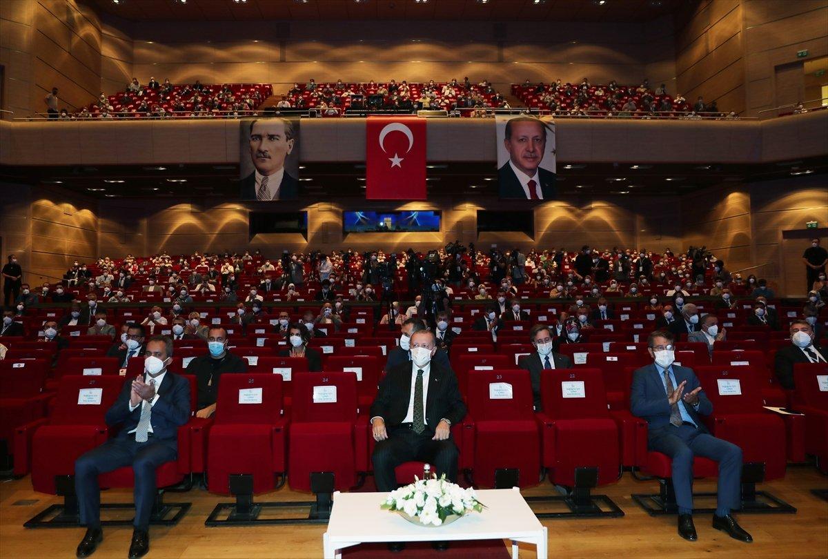 Cumhurbaşkanı Erdoğan, salgın döneminde eğitimde yapılanlar hakkında bilgi verdi #3