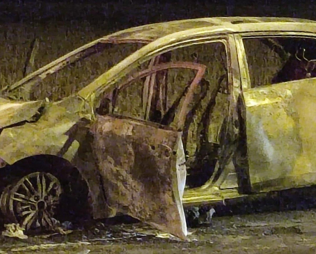 Batman da seyir halindeki araç yandı #1