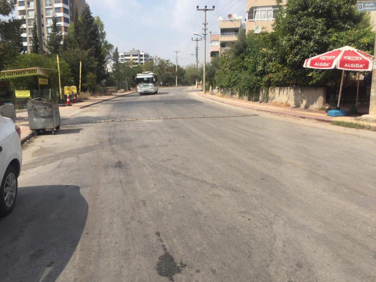 Adana da gözünün önünde eşine çarpan sürücü serbest kaldı  #6