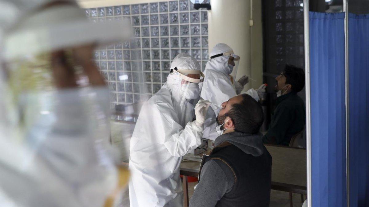Aşı olmayan işçilere PCR testi zorunluluğu #1