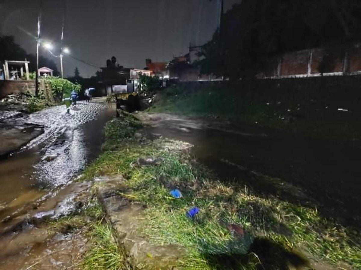 Meksika da gerçekleşen selde 4 kişi öldü #2