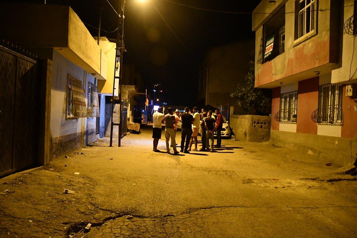 Adana da tartıştığı kardeşini pompalı tüfekler öldürdü #1