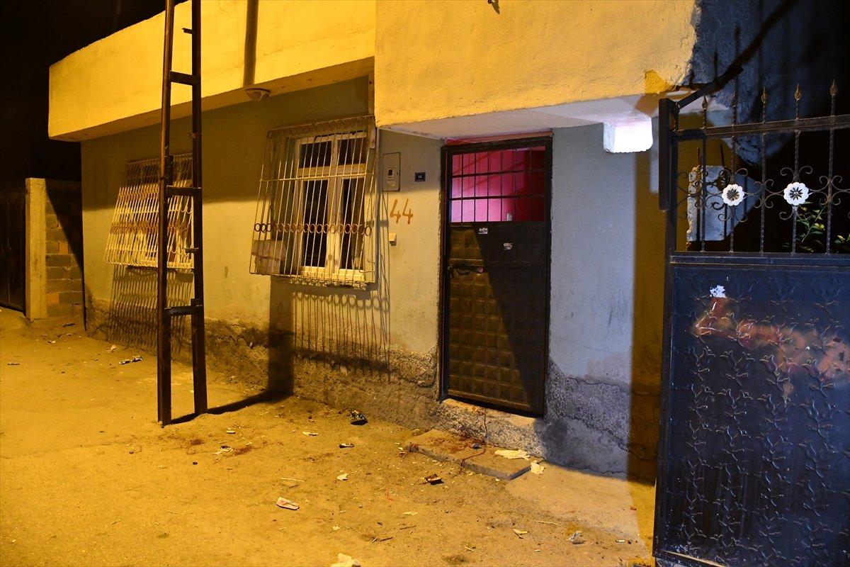 Adana da tartıştığı kardeşini pompalı tüfekler öldürdü #2