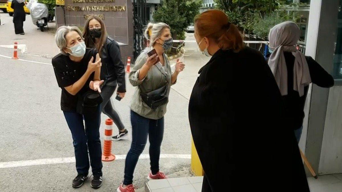 Bursa da aşı karşıtı kadın Demet Hemşire sayesinde ikna oldu #2