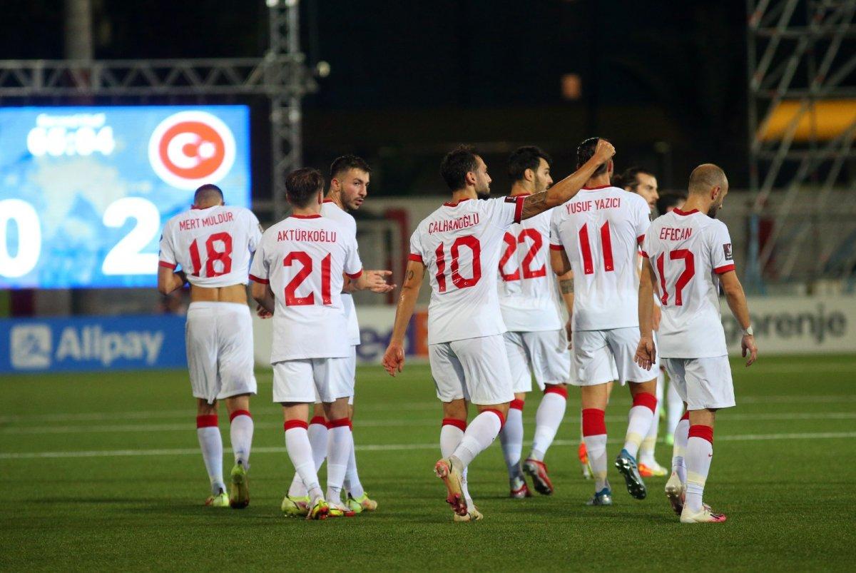 Hakan Çalhanoğlu ndan klas gol #1