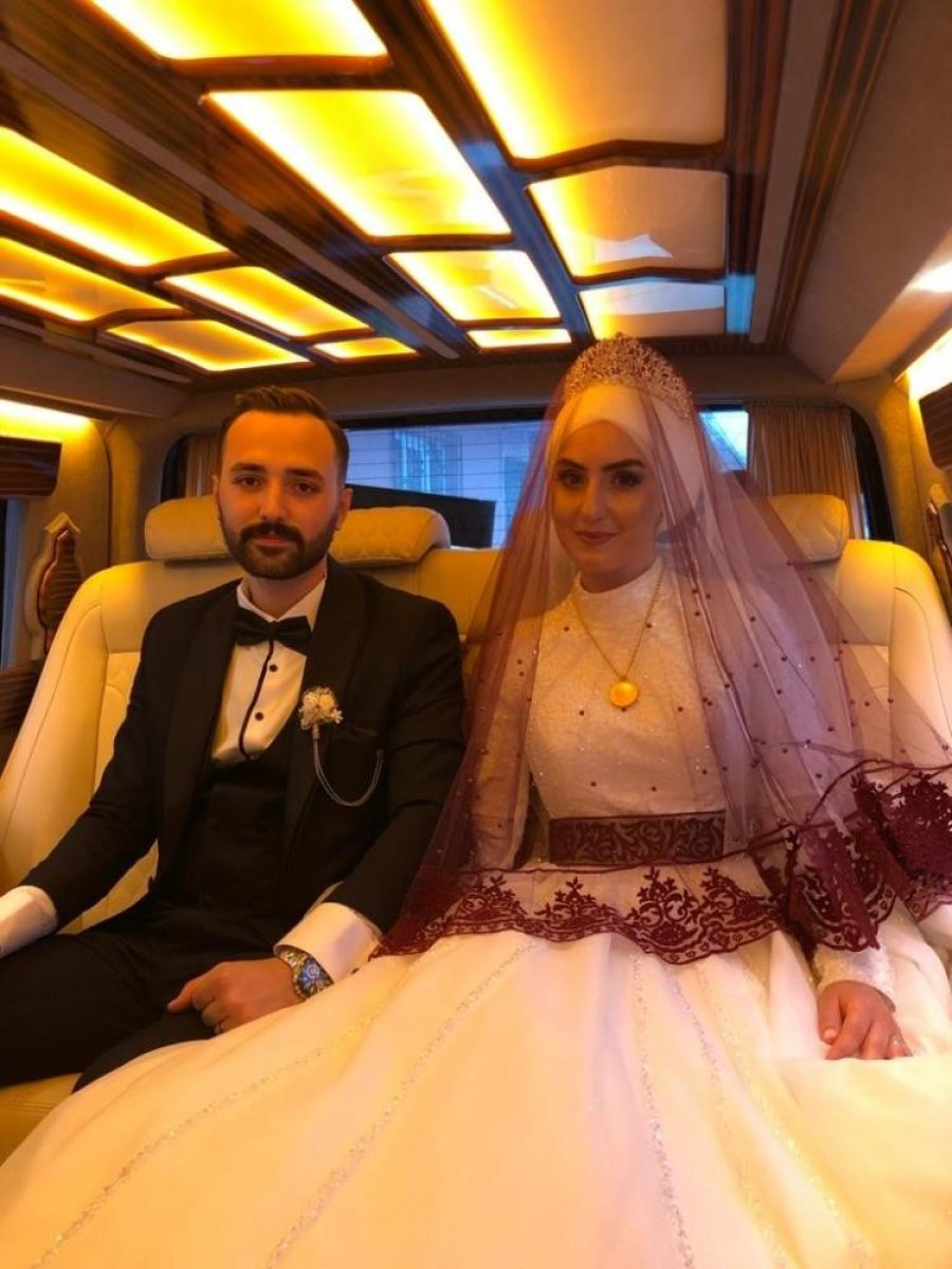 Düğünlerini yapamayan çift, birlikte aşı çalışmalarına katıldı #7