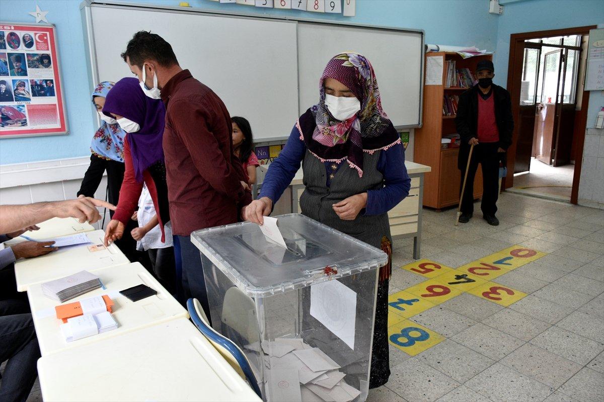 Gümüşhane den ayrılıp Giresun a bağlanmak isteyen 2 köyde referandum #2