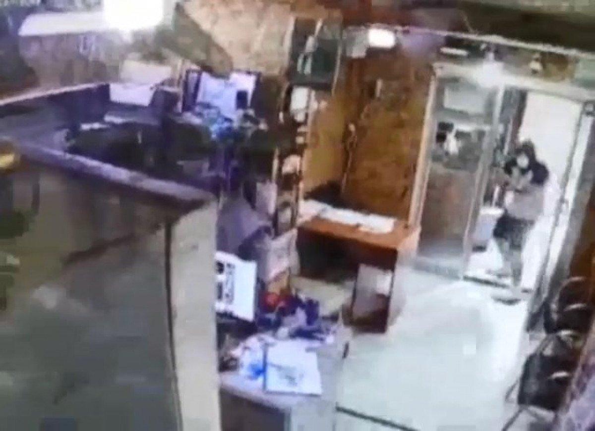Sarıyer de emlakçıda silahlı saldırı: 1 ölü #2