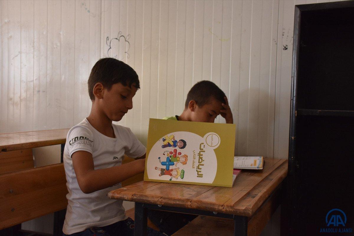 Terörden arındırılan Suriye'nin kuzeyinde, eğitim öğretim yılı başladı #1